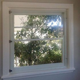 Euro Glazing double-glazed timber window Open the window easily to air out the room